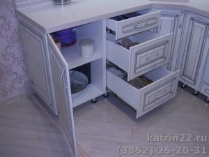 Кухня : ул. Власихинская, 77