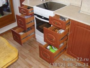 Кухня : ул. Малахова, 160 (выполнено на заказ)
