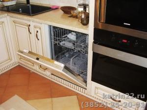Кухня : г. Новоалтайск,  ул. Космонавтов, 26 а